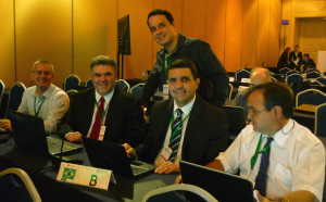 Gustavo Erivan Bezerrra Lima (DCEA), Flávio A. B. Archangelo (LABRE), André Felipe Trindade (ABRA), Geandro Luiz de Mattos (DECEA) e Luiz Fernando de Souza (Embraer)