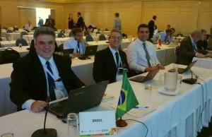 Parte da delegação brasileira no Grupo de Estudos 2 dedicado a comunicações aeronáuticas, marítimas e amadoras. (LABRE/GDE)